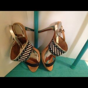 Coach sandals high heels s 9 blue white & metallic